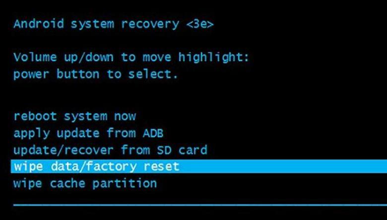 Factory Reset – установка, помогающая не просто сбросить графический ключ в Андроид, но возвращающая смартфон к фабричным настройкам.
